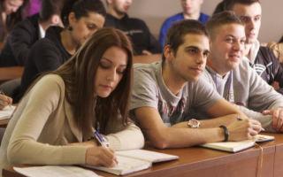 ВУЗы в Молдове. Стало меньше и студентов, и преподавателей